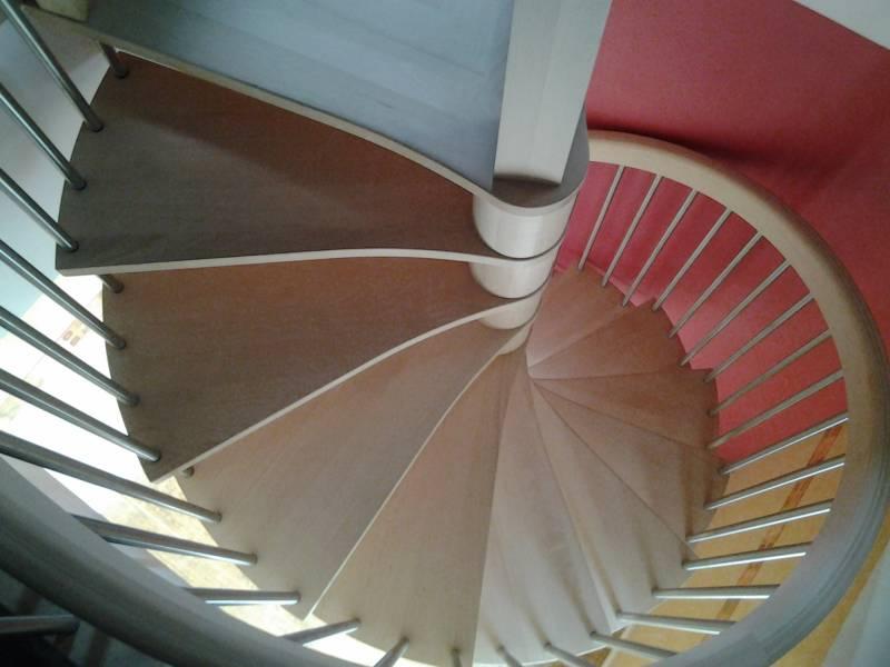 Escalier Helicoidal Avec Barreaudage Inox