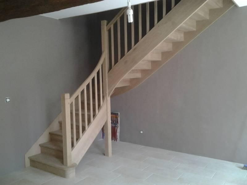 Escalier Un Quart Tournant En Chene Avec Rampe Cintree